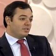 Dr. Michel Zelaquett falando sobre Miomas no programa Sem Censura, da TV Brasil
